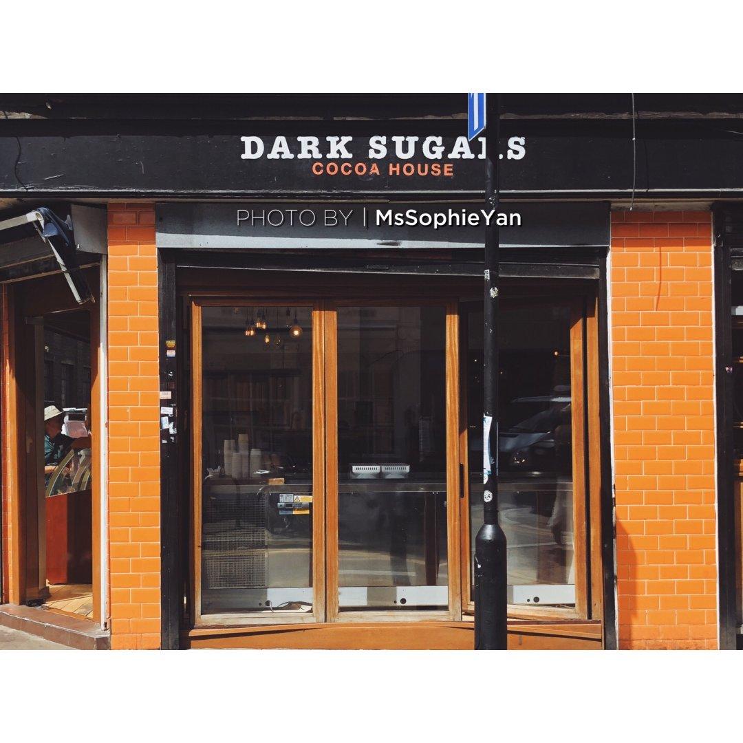 伦敦,Dark Sugars