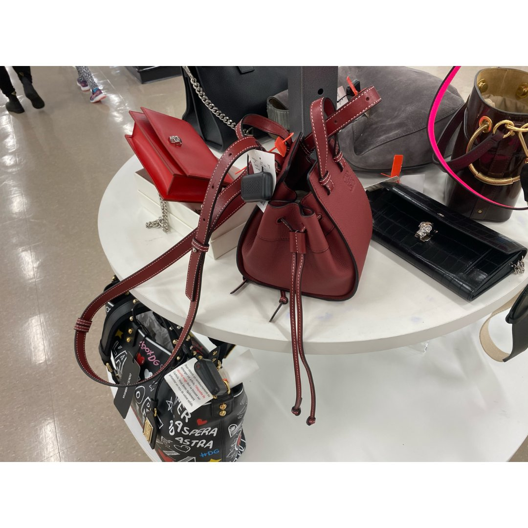 winners,Loewe 罗意威,Fendi 芬迪,YSL,Alexander McQueen 亚历山大·麦昆,Dolce & Gabbana 杜嘉班纳