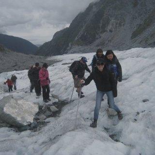 新西兰🇳🇿  一起来近距离徒步万年冰川吧...
