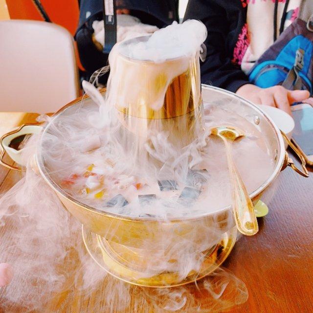 探店||洛杉矶第一家奶茶火锅 Ma...