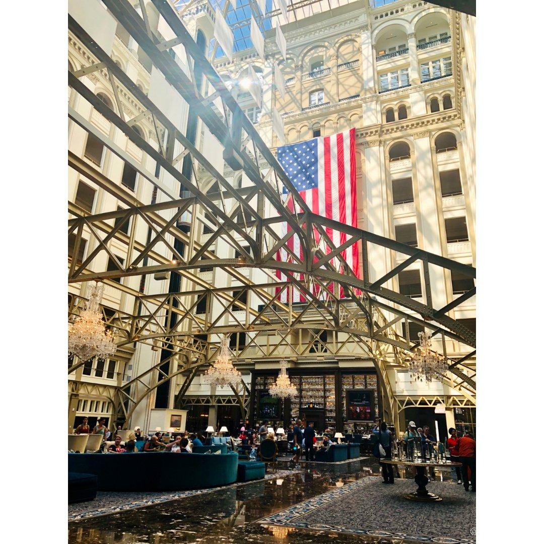Trump酒店下午茶& Bresc...