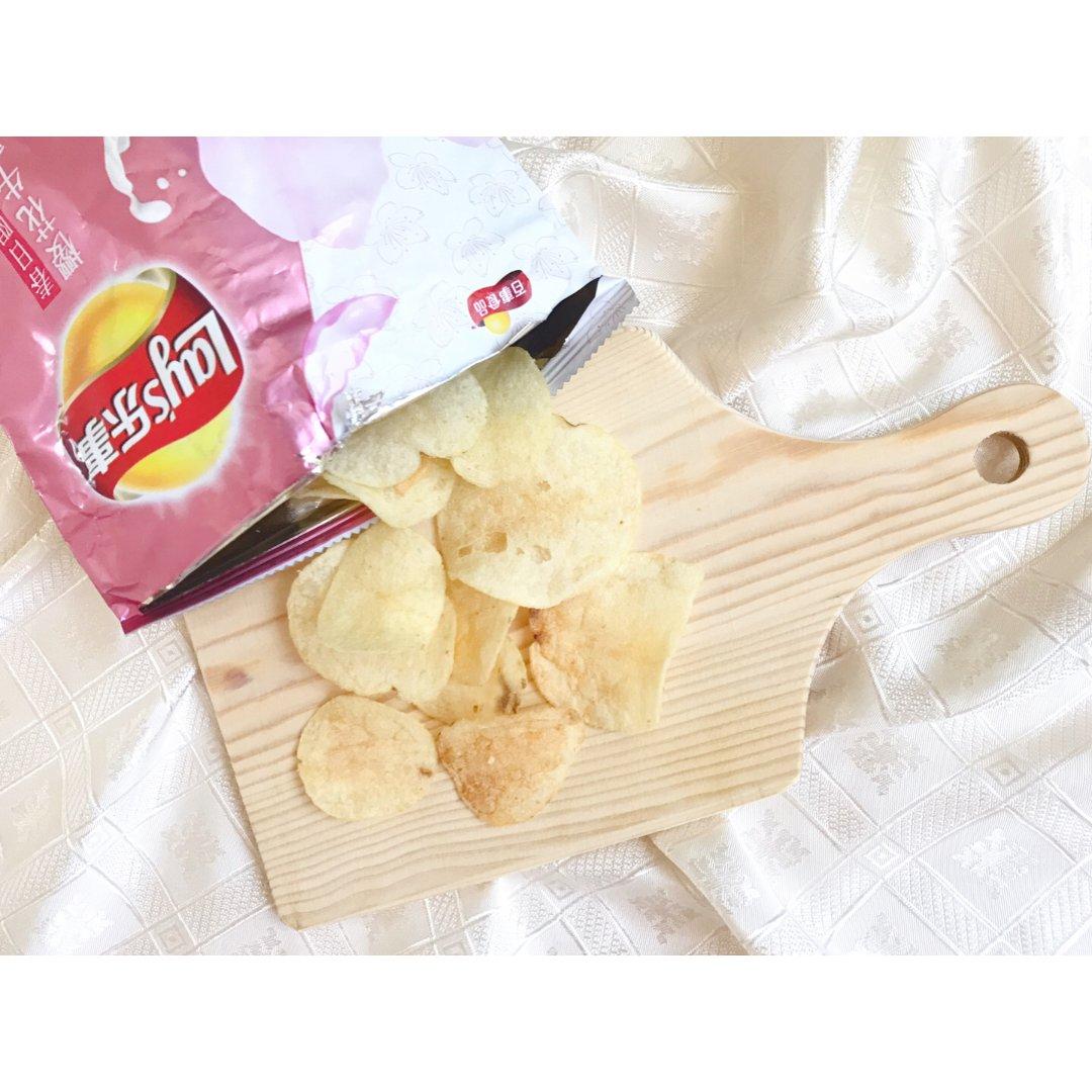 零食:乐事樱花🌸牛乳味限定薯片