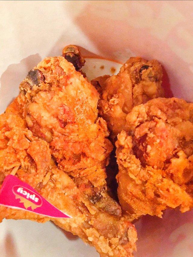 【Jollibee 我最爱的炸鸡品牌】🍗