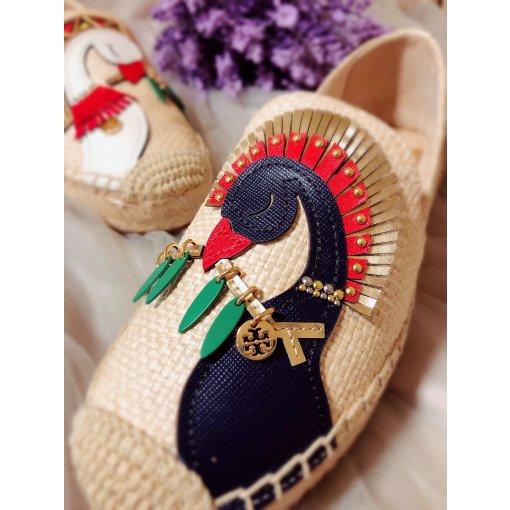 色彩艳丽又精致的一款超美渔夫鞋