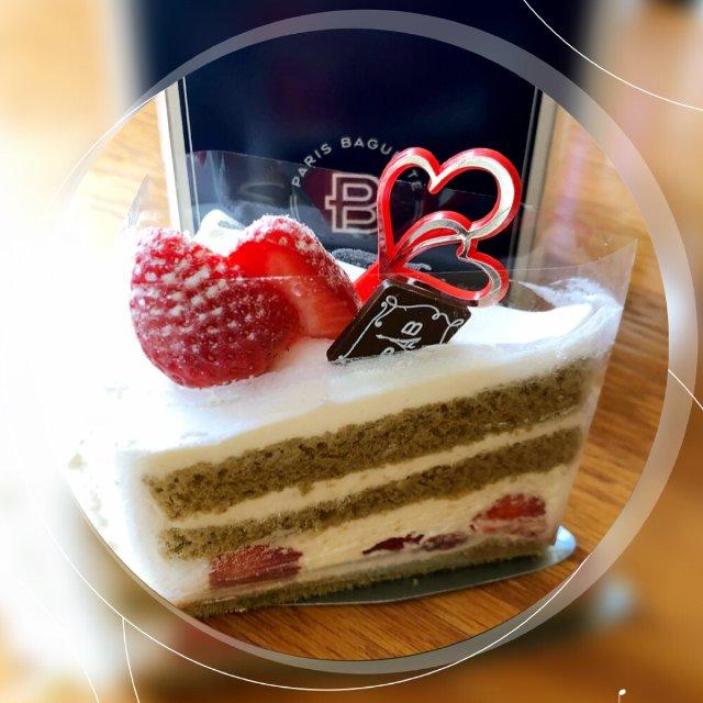 闲来无事又跑去买蛋糕🍰和草莓🍓了😝...