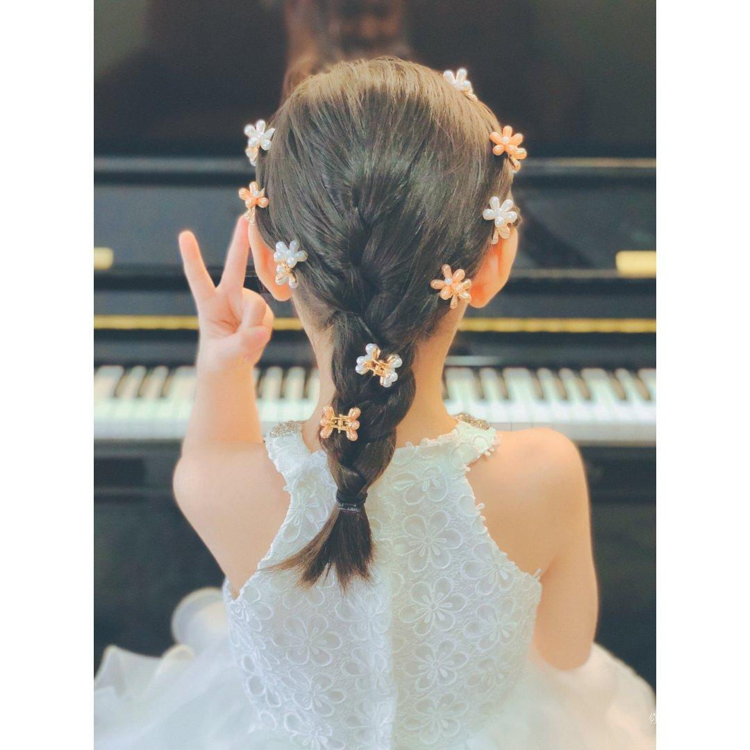 漂亮的小夹子在头上开出了花🌸女童发饰推荐