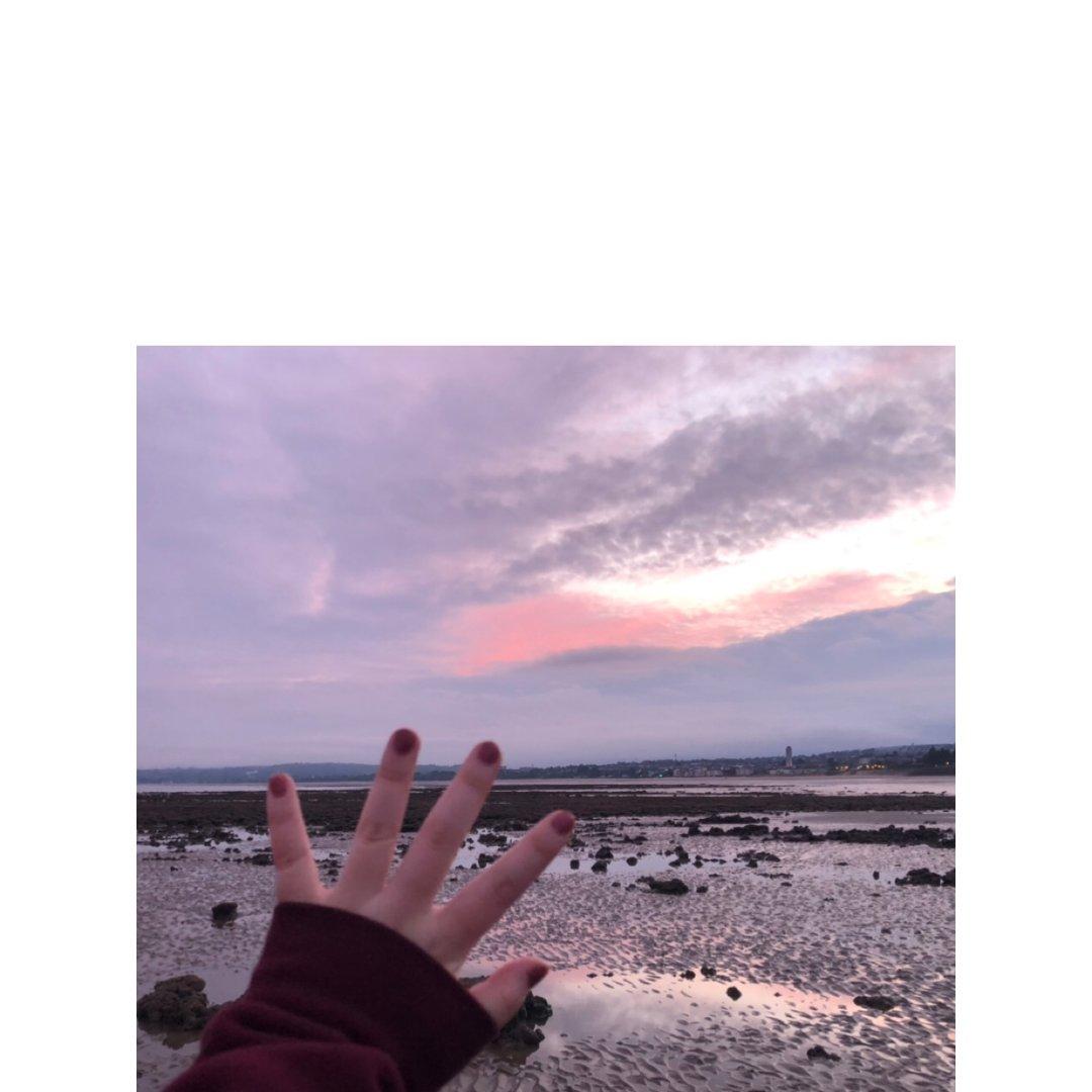 出门看日落吧