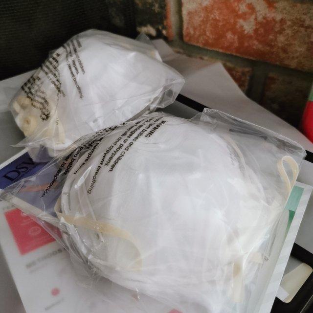 收到兑换商城的口罩跟免洗洗手液了~