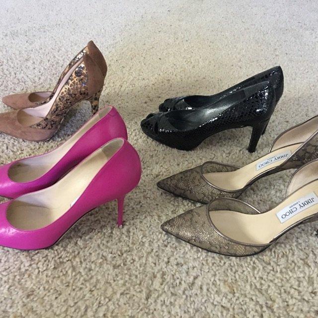 一口气卖了怎么多衣服鞋子,是可以补货了!