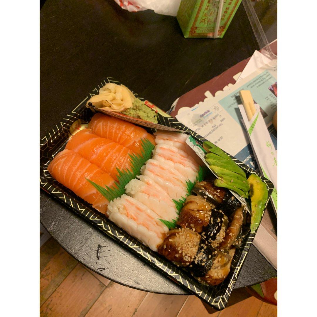 朋友包我的寿司🍣
