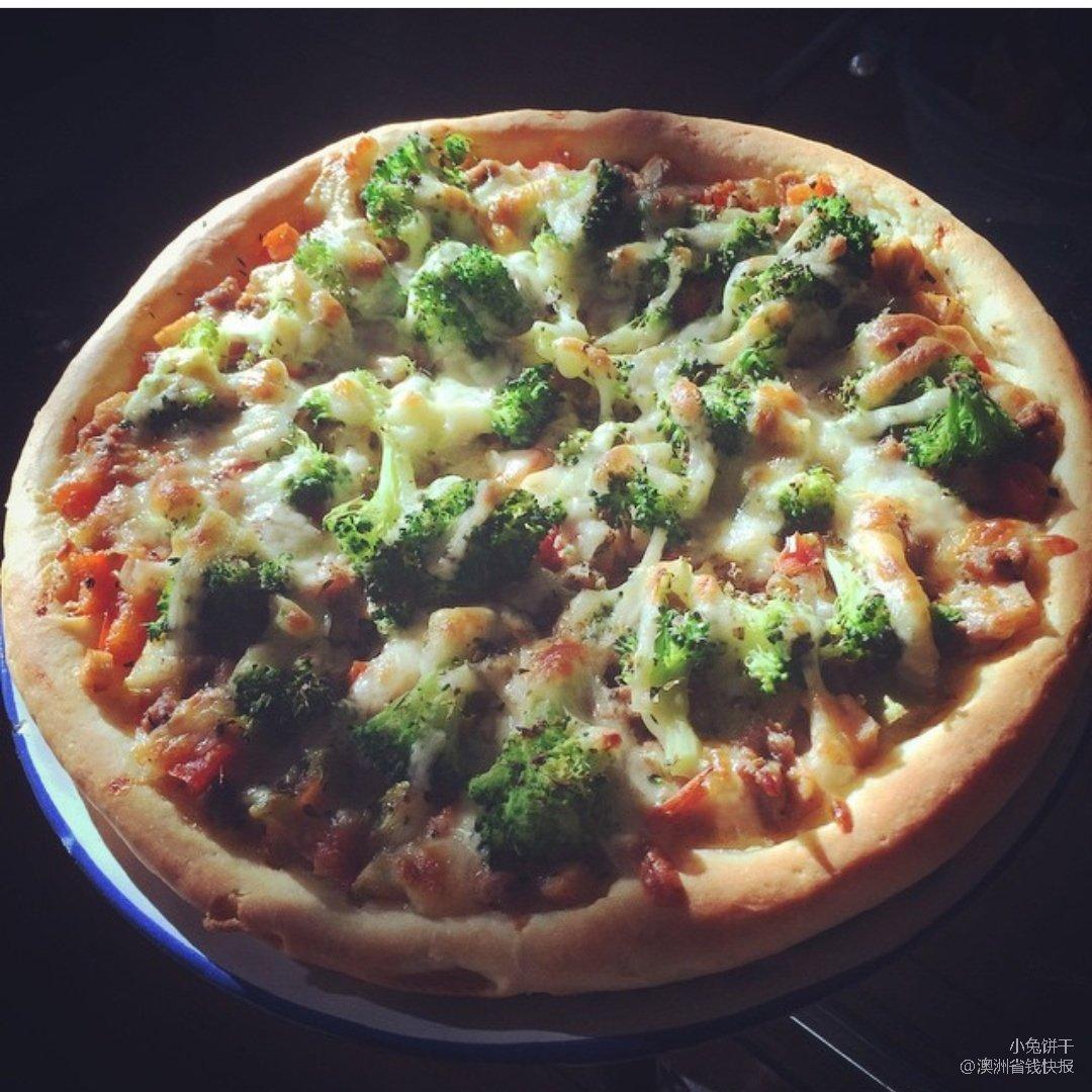 闲来无事烤个披萨吧🍕
