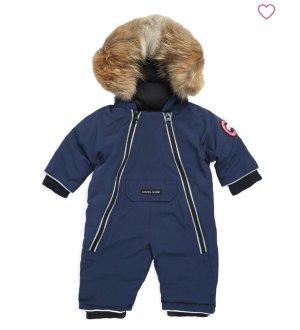 低至$33.98 反季节囤货更划算Ganada Goose 加拿大鹅婴儿连体羽绒服、手套特卖