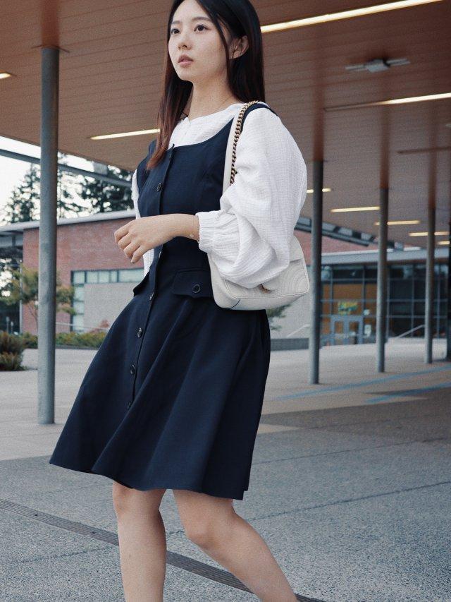 秋天约会怎么穿😬再冷也要穿小裙纸👀