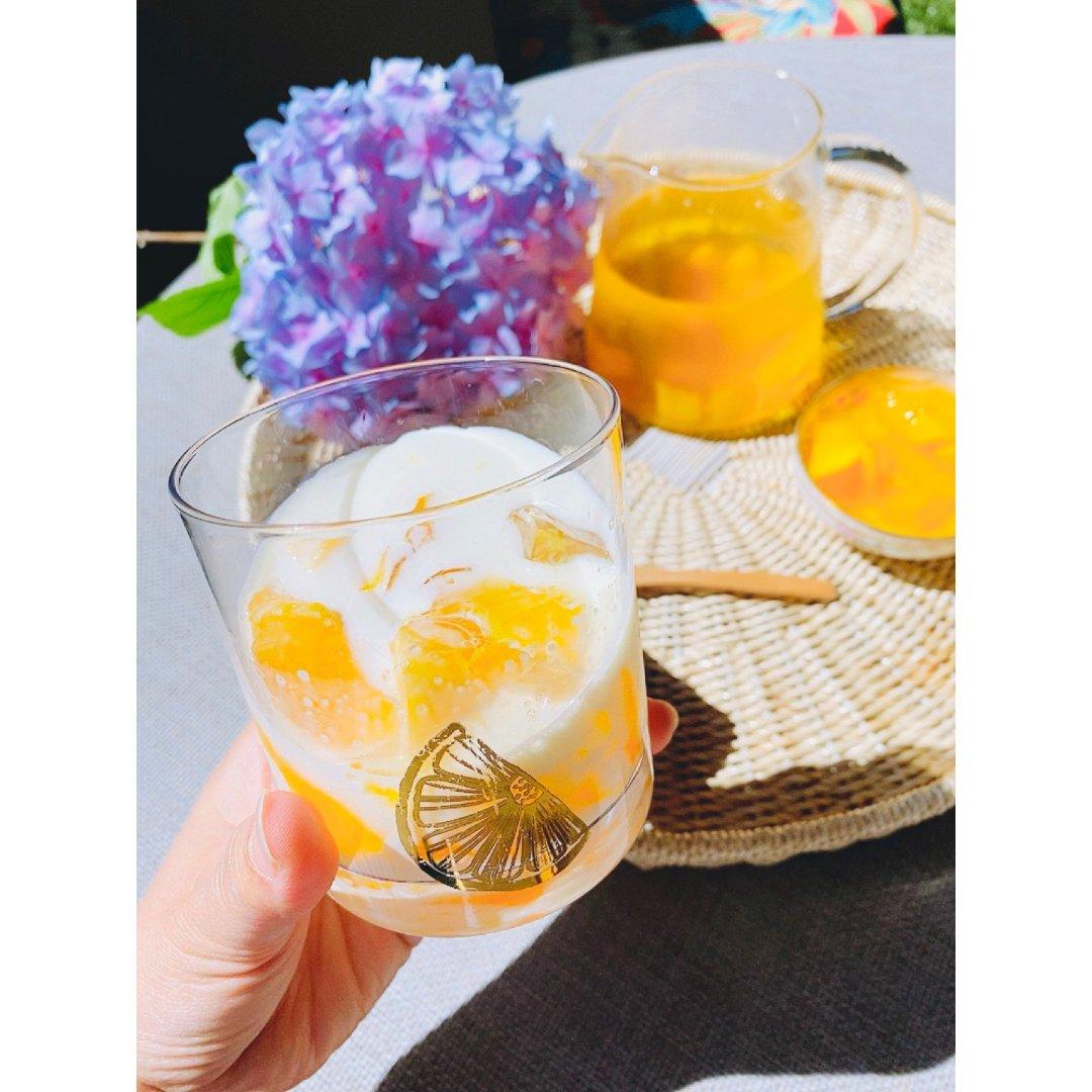 夏日清凉消暑饮品|香芒果冻奶昔和香芒果冻...