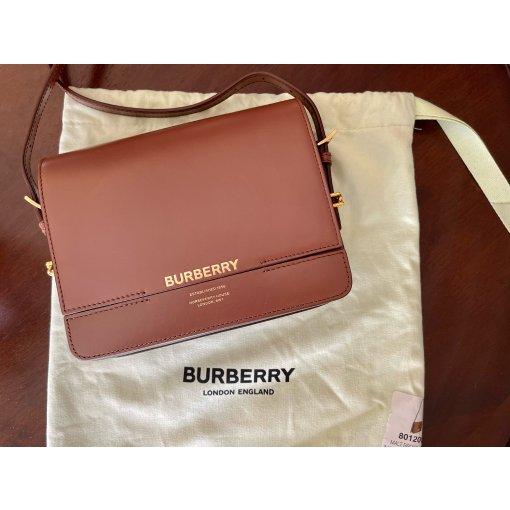 分享简单复古英伦风的Burberry Grace包包