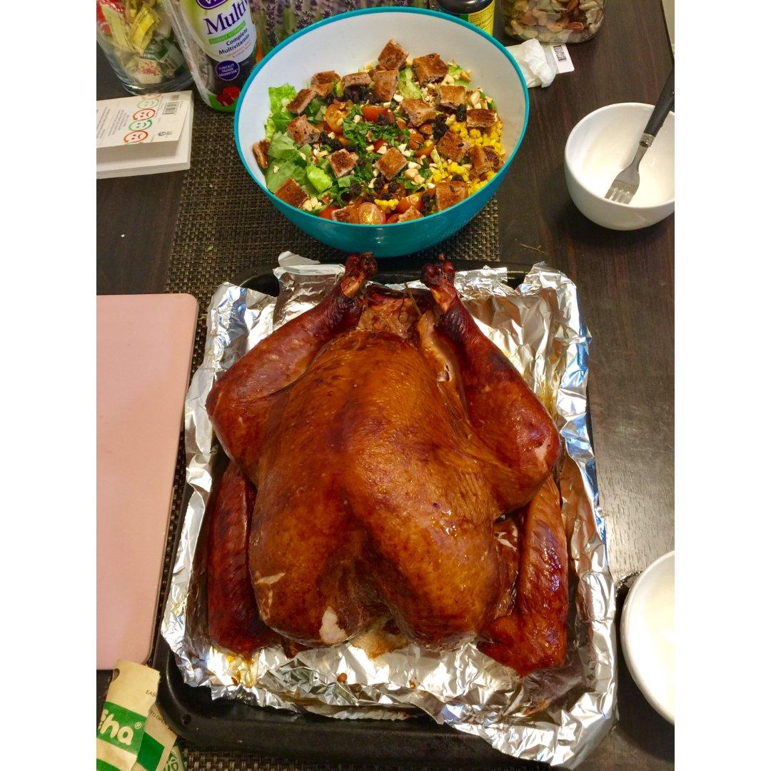 感恩节两人吃一整只火鸡🦃️太凶残了❤️