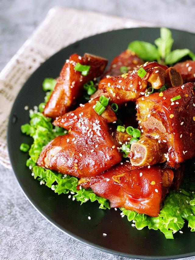 年味 |香辣烤猪蹄
