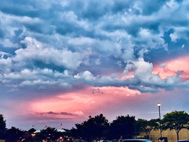 傍晚的天空超级美 | 内含修图ti...