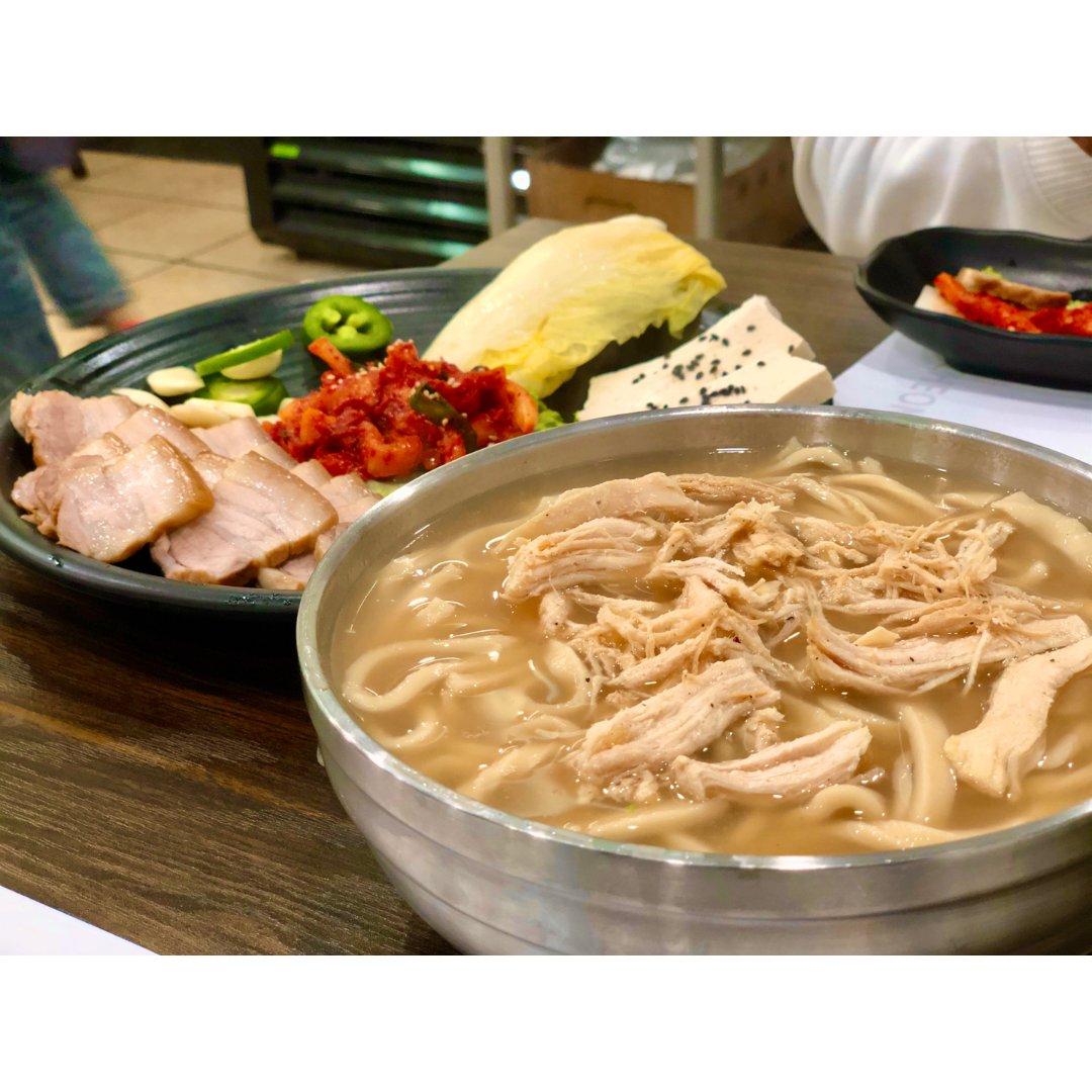 K town热腾腾美味鸡汤面,暖心暖胃。