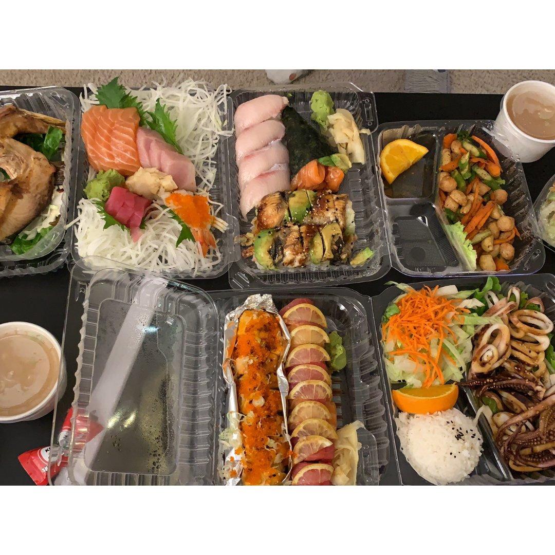 冬天都沒有影響到我愛吃壽司生魚片