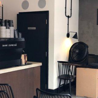 伦敦咖啡|贝克街的小资咖啡馆...