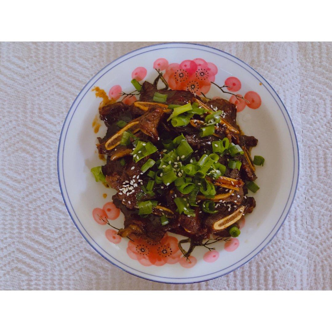 🥩美食DIY推荐#照烧汁牛仔骨🦴