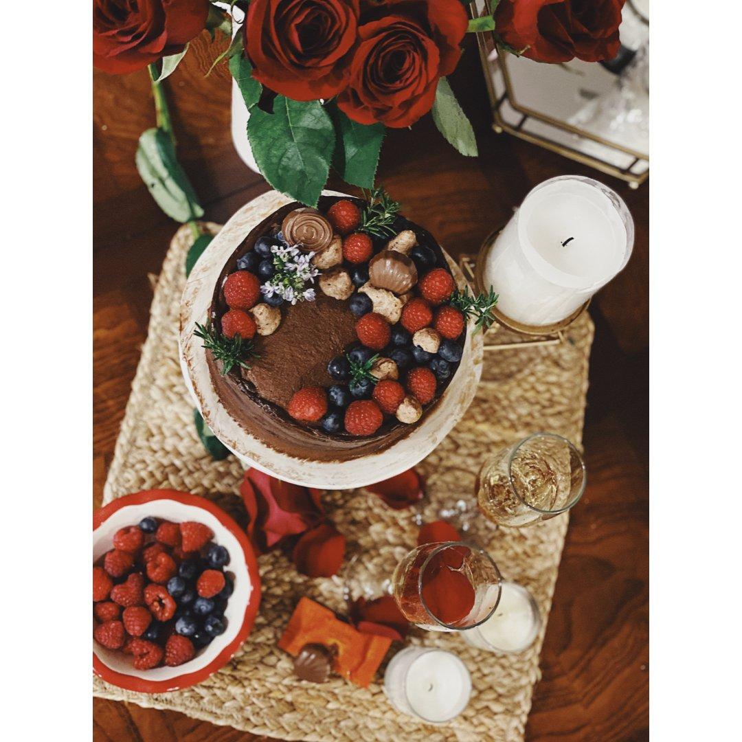 情人节的巧克力蛋糕