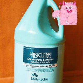 【先生买回Hibiclens洗手液,灭菌...