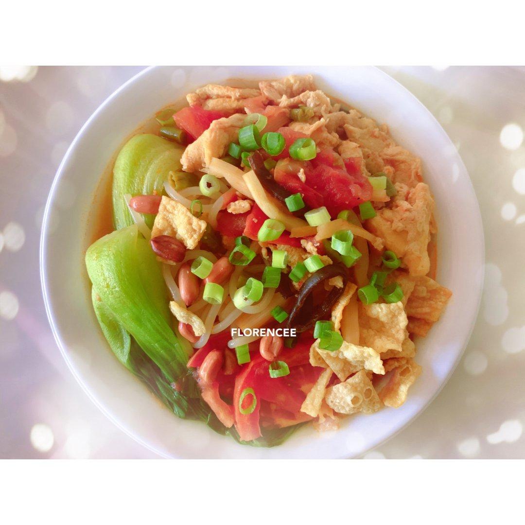 懒吃货美食摊之番茄鸡蛋螺蛳粉