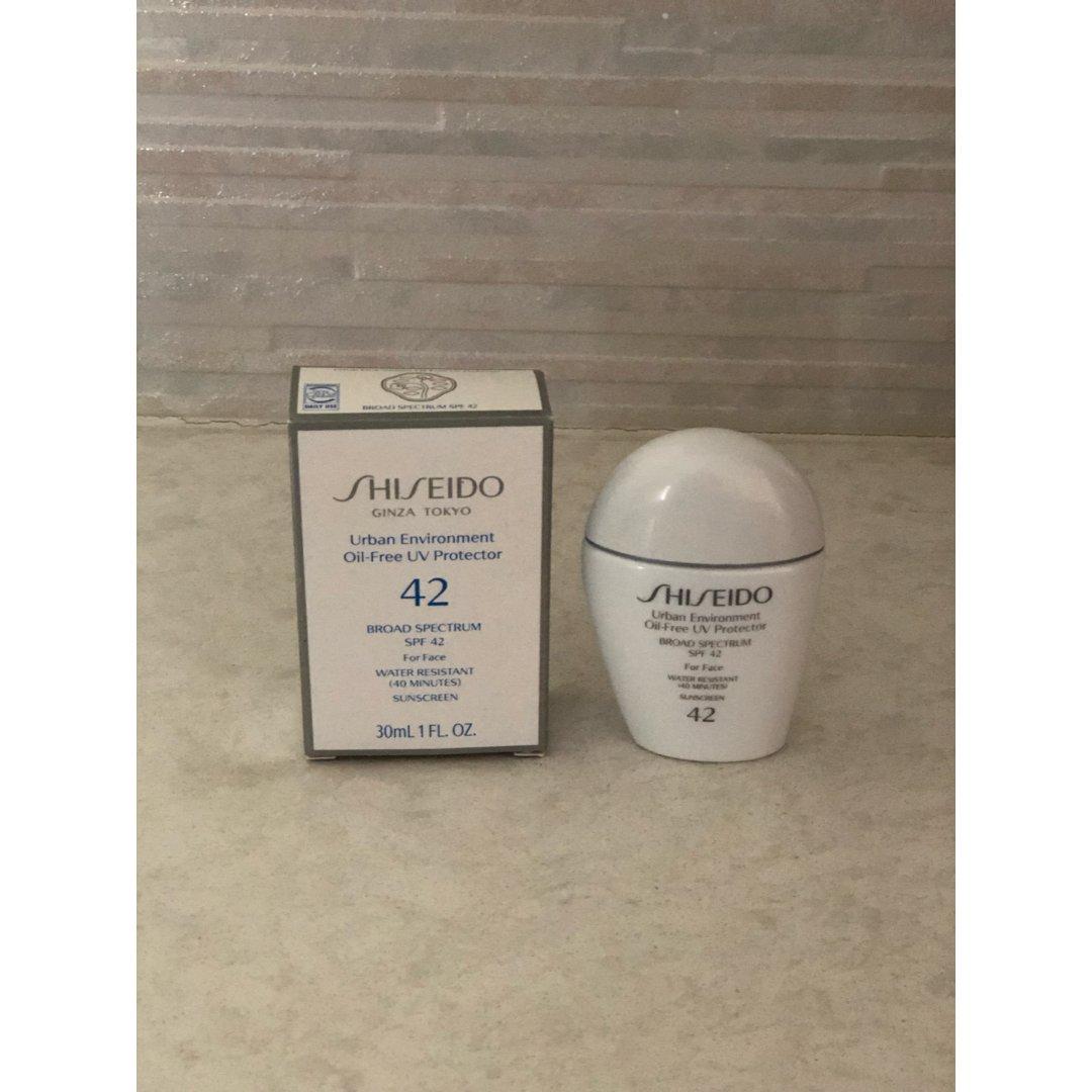 Shiseido物理防晒小白瓶