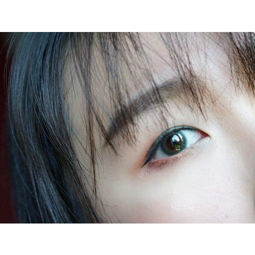 💙美瞳试色 PienAge Moony~很美的蓝!