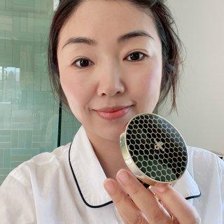 夏日打造水润妆感的气垫粉~韩国Cnp蜂胶...