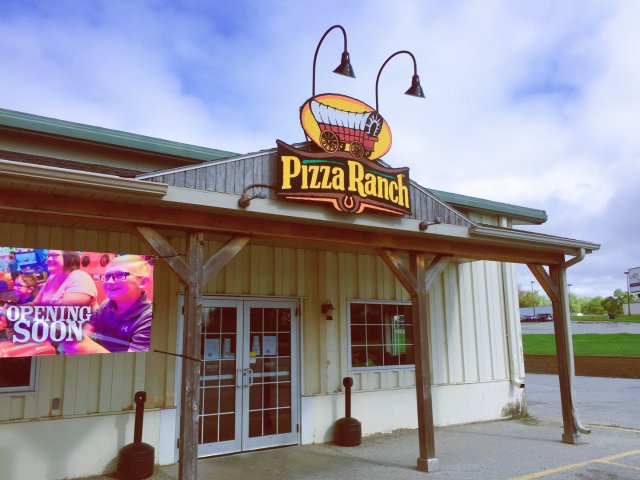饿了来披萨店吃炸鸡|Pizza R...