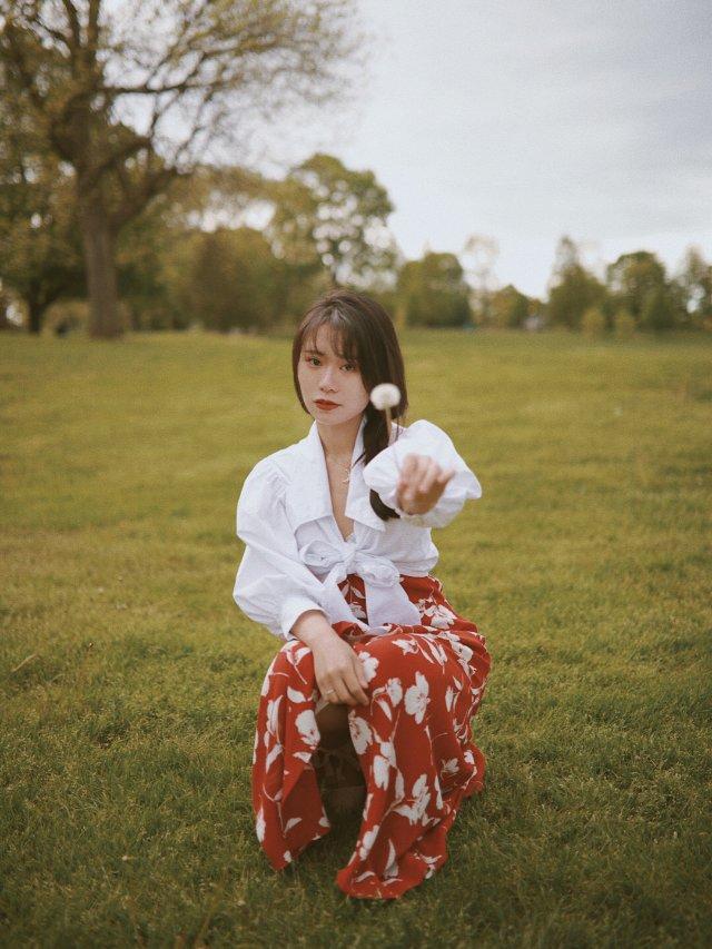 一条美裙 | 她和森林草地星辰大海都很搭