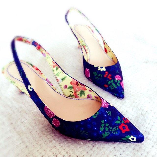 一眼就看上的zara的鞋子,敲好看...