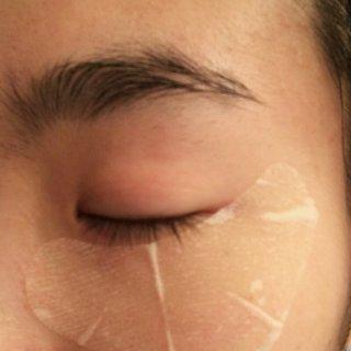 藏不住眼睛里的喜欢,至少要藏住眼尾的秘密丨怎么用都不心疼之Kose 眼膜