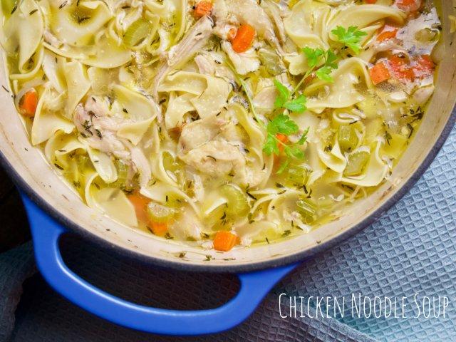 🎄用铸铁锅做美式鸡肉面条汤