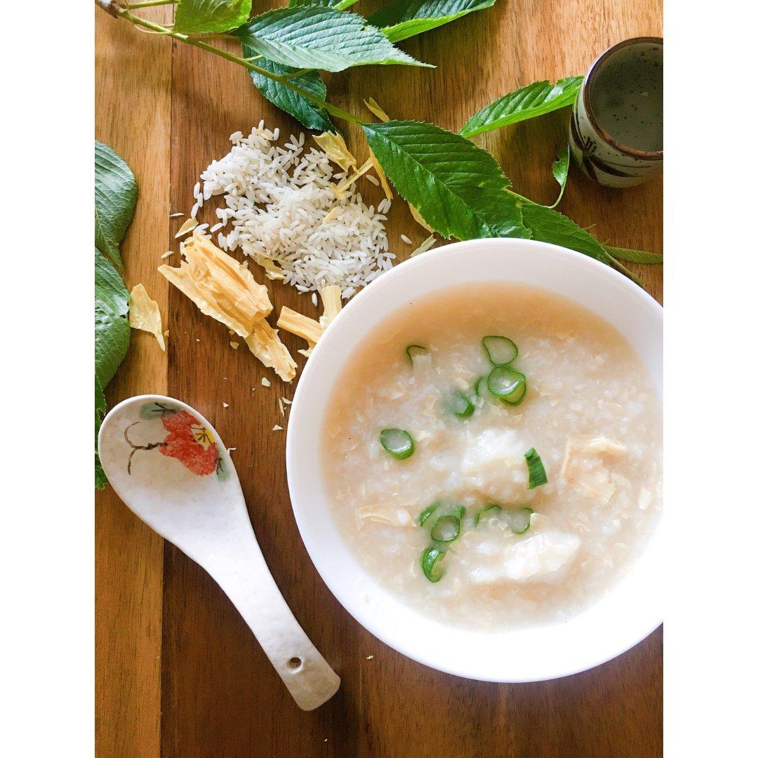 健康早餐|生滚腐竹鱼片粥