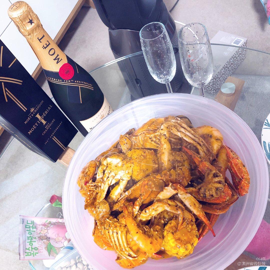 海鲜配香槟🍾️...