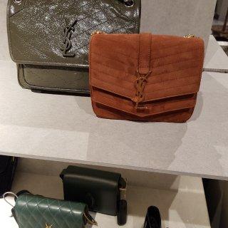 新年新包🛍 是买新包包的时间了!...