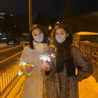 苏姨在🏴的第二个春节 和朋友...