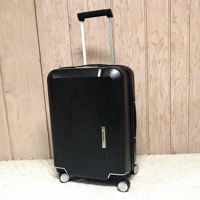 新秀丽Novaire20寸旅行箱。...