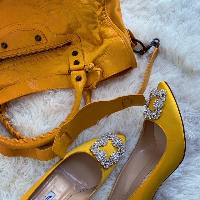 今天是黄色的小仙女!
