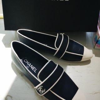 CHANEL SS19新款复古乐福鞋...
