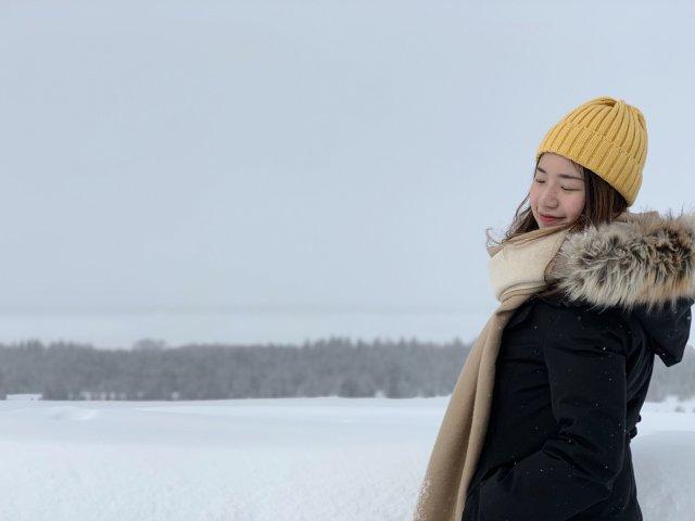 冬季里的一顶小黄帽