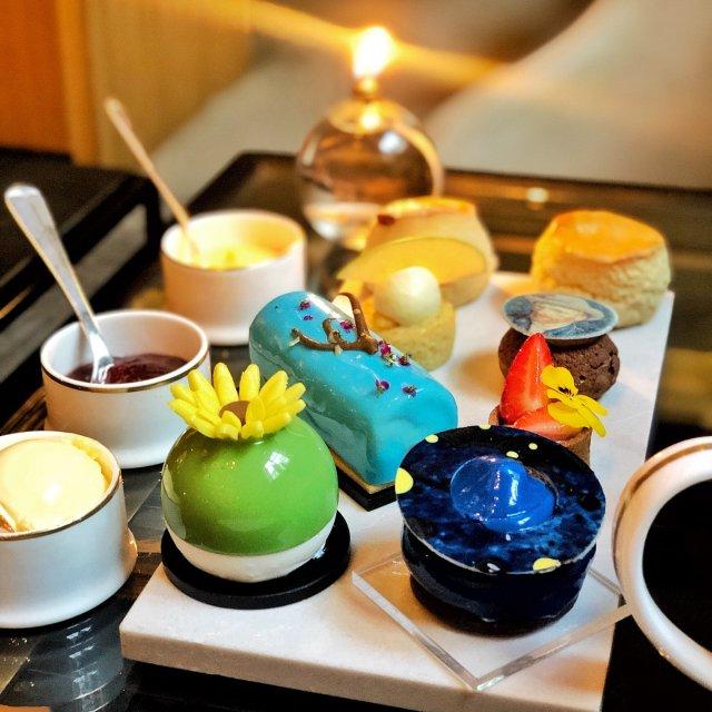 极具特色的限量版:梵高下午茶☕️