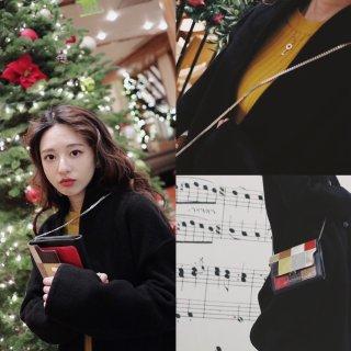 冬季穿搭系列   🔸鹅黄色小内搭的精彩♠...