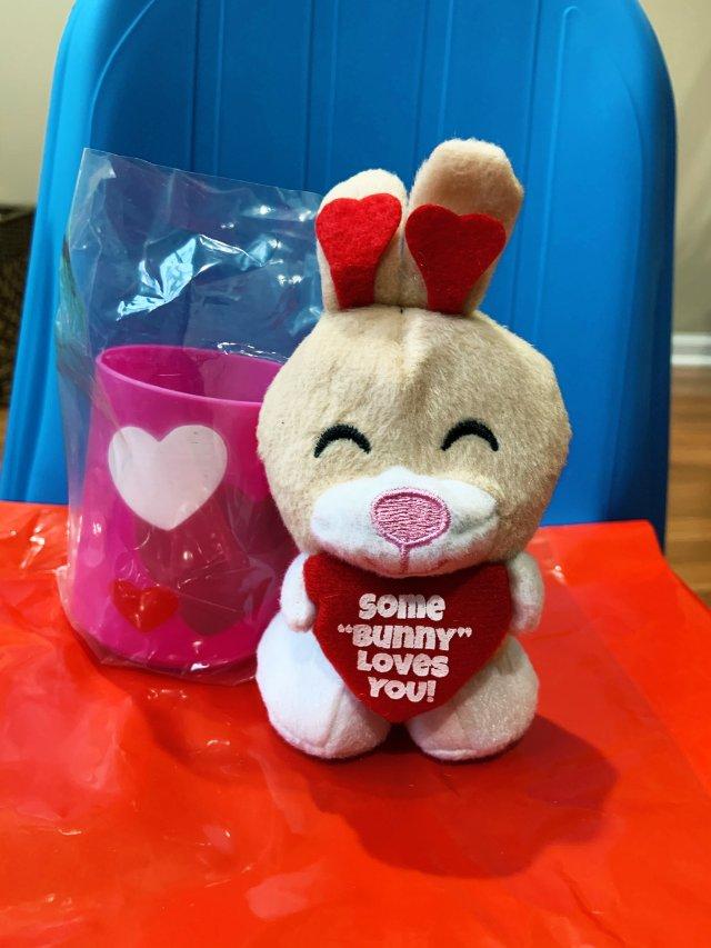 情人节兔兔