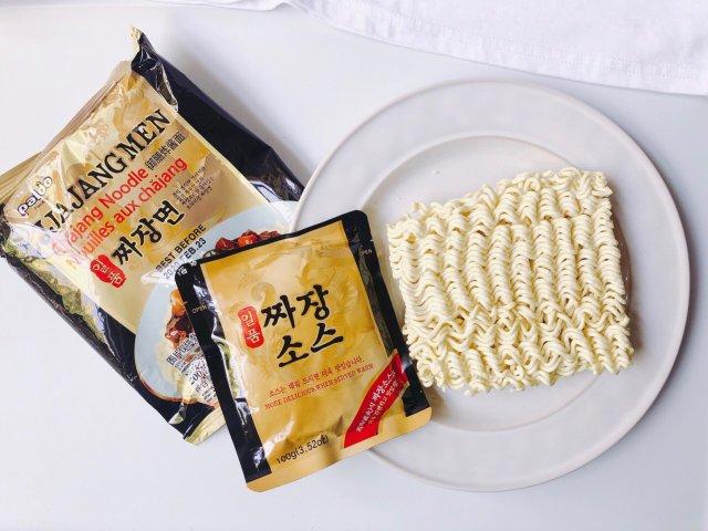 「速食测评」paldo 韩式炸酱面