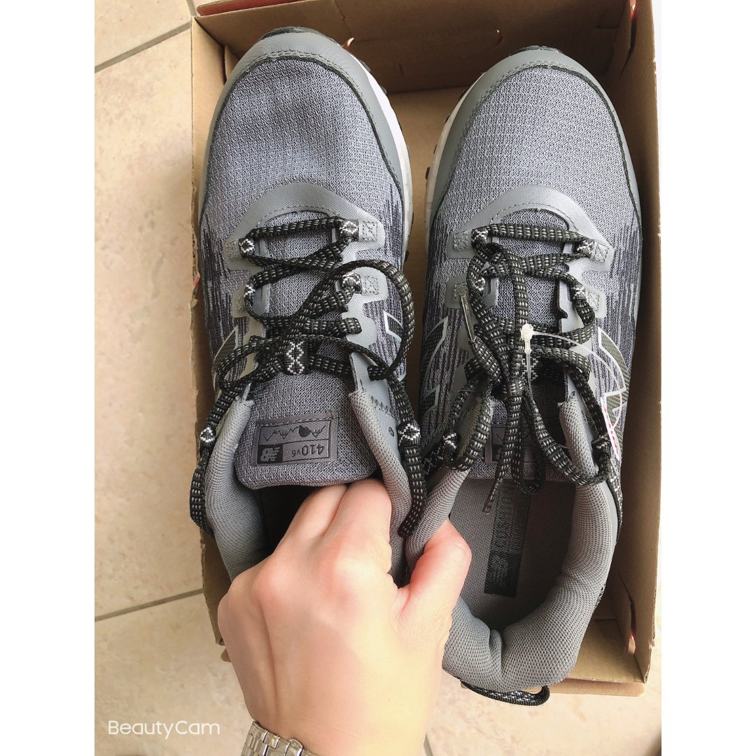 New balance 鞋子